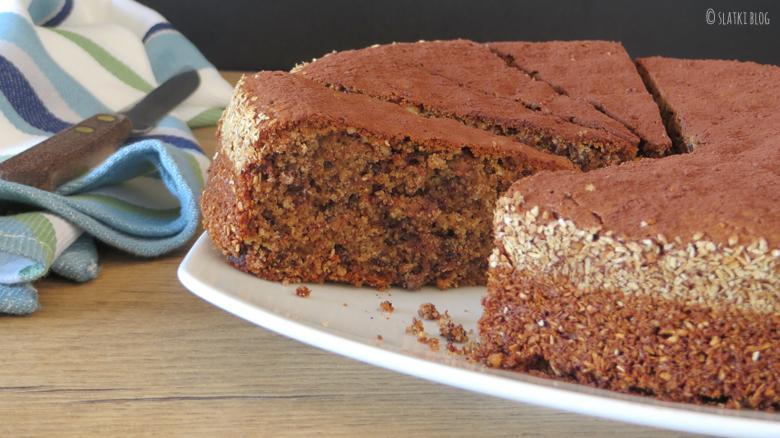 16 Torta od rogaca badema i narance