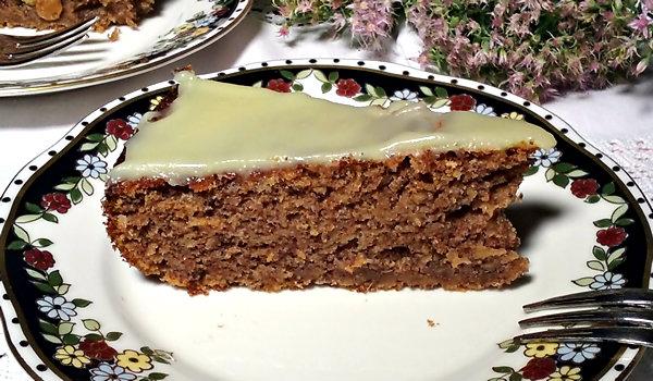 10 Ruzicin kolac od rogaca i jabuka